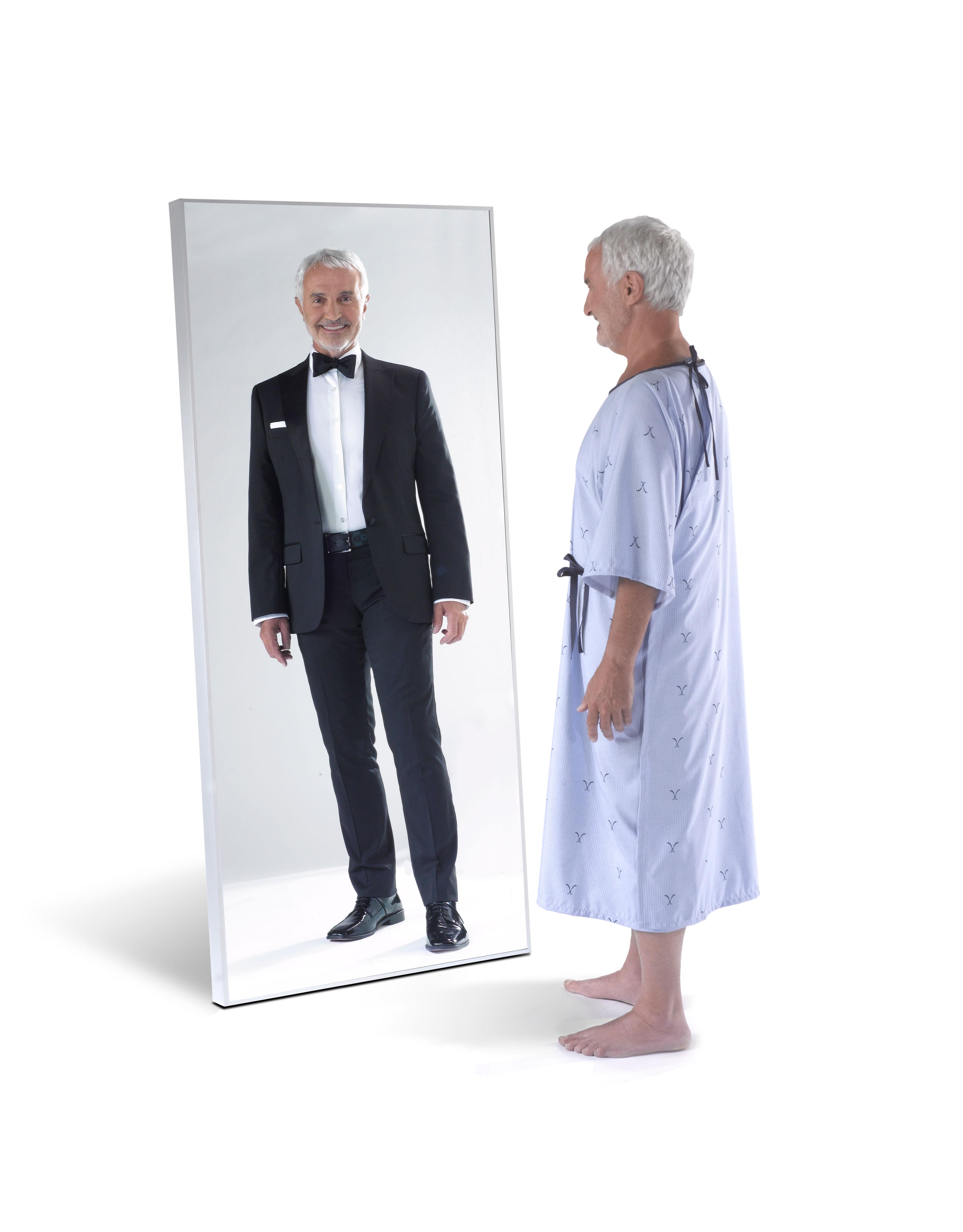 SOLUS patient gowns